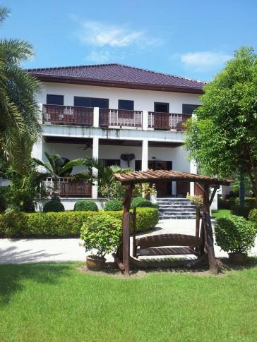 CET villa 4
