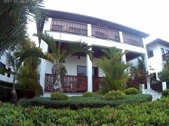 Hus 4 framsida